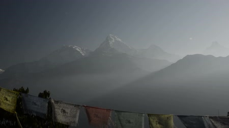 tybet : Buddhist prayer flags in Himalayas, in Nepal
