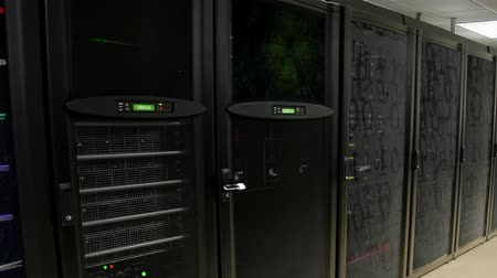 rád : Server in Data Center. Cloud computing data storage