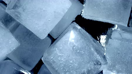 сосулька : Close-up. Top VIew of Rotating ice cubes
