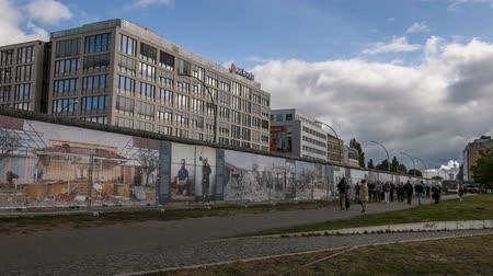 oberbaum : The murals on the wall at the west side gallery in Berlin
