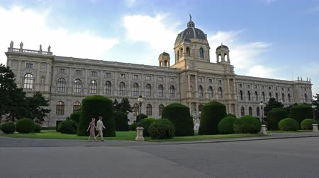 hofburg : The view of the Museum of Natural History in Vienna Stock Footage