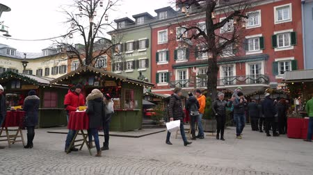 The Lienzer Adventmarkt, the traditional Christmas market in Lienz, Austria Wideo