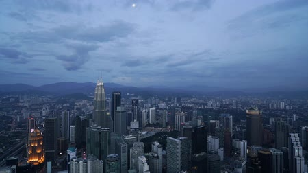a panoramic view of the city at sunset in Kuala Lumpur, Malaysia Wideo