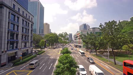 チラシ : Singapore. January 2020. The traffic on the reaod in the city center