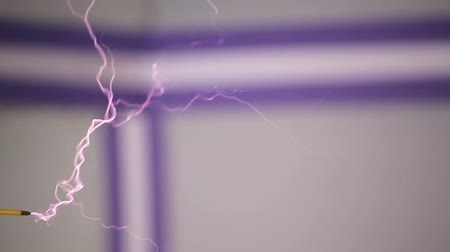 voltů : High voltage electrical discharge generated