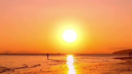 evening sun : Yellow sunset sky and sun on horizon. Sea beach at dawn ocean background
