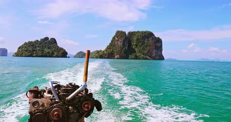 известняк : Thailand adventure travel. Boat trip to islands near Phuket and Krabi Стоковые видеозаписи
