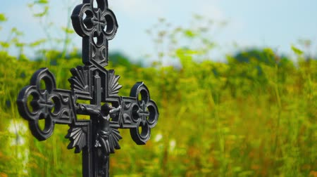 Iron cross crucifix Stok Video