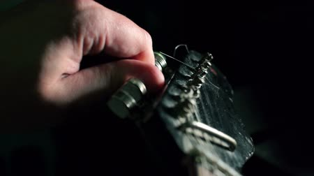 guitar tuning hand Stok Video