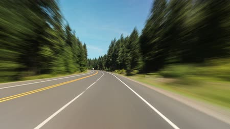 droga : Driving time lapse along hwy 26 in oregon with glimpses at mt hood.