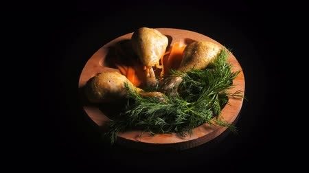 основное блюдо : Budget of Chicken Meal on a Wooden Plate