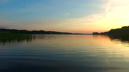 sol : Calm sunset over the lake in the summer Stock Footage