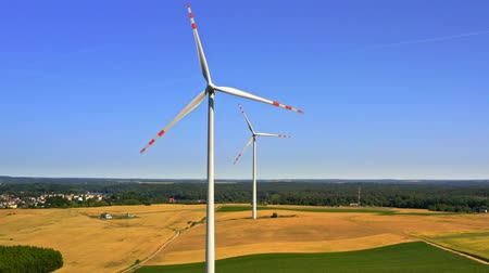 carvão gigante : Wind turbines in countryside, aerial view in Poland