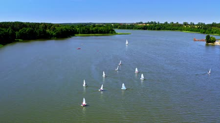 レガッタ : Regatta of small boats on the lake in summer, Poland from above