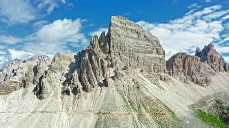 monte paterno : Monte Paterno, Dolomites in Italy, view from above Stock Footage