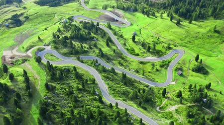 dolomit : Aerial view of serpentine at Passo Gardena, Dolomites