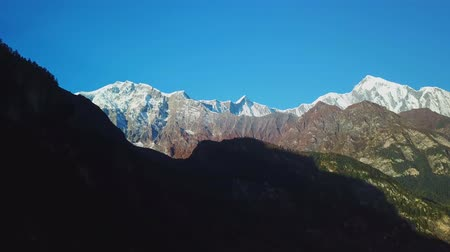 hacı : Sunrise above peak in the Himalaya range, Nepal
