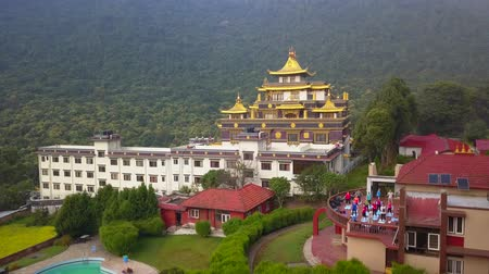 монастырь : Tibetan Monastery, Kathmandu valley, Nepal - October 17, 2017 Стоковые видеозаписи