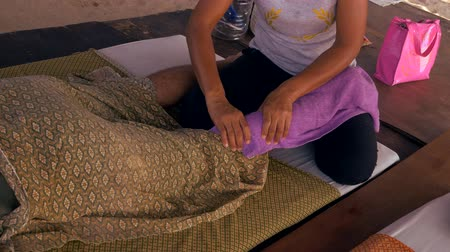 relieve : Traditional Thai massage therapy for men