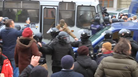 insurgent : Ukraine. Kiev. December 5, 2017. people rebel against power. Collisions of people with the police. Protest against the detention of Saakashvili Stock Footage