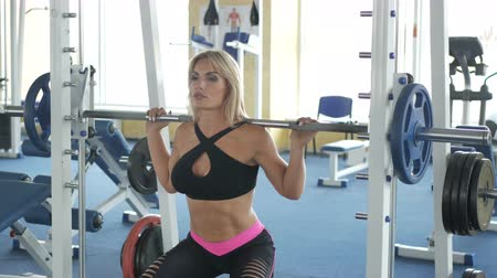 Fitness lady doing barbell bench Stock Footage