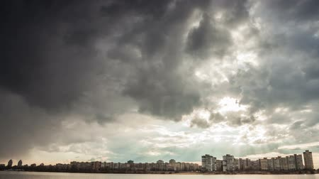 vento : Storm clouds time-lapse in the typhoon Sky Vídeos