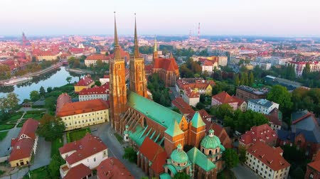 wrocław : Aerial footage of Wroclaw, European Capital of Culture. Center Wideo