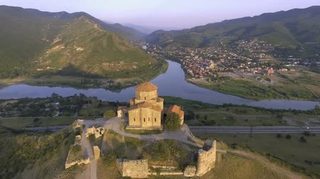 gürcü : Aerial drone view of Mtskheta, Georgia with Svetitskhoveli Cathedral Stok Video