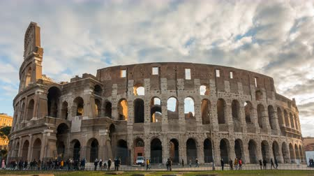 colosseo : The Colosseum or Coliseum timelapse, Flavian Amphitheatre in Rome, Italy Stock Footage