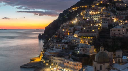 neapol : Positano, beautiful Mediterranean village on Amalfi Coast. Italy, timelaps