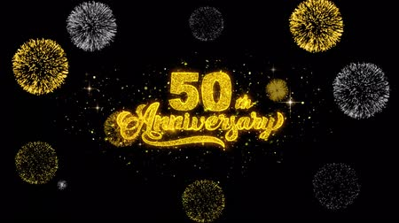 bóia : 50th Happy Anniversary Golden Greeting Text Appearance Blinking Particles with Golden Fireworks Display 4K for Greeting card, Celebration, Invitation, calendar, Gift, Events, Message, Holiday, Wishes .