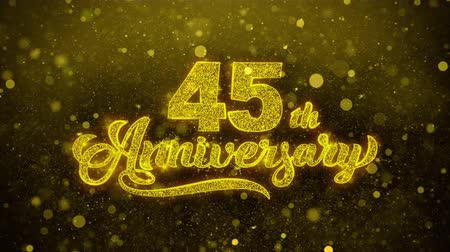 bóia : 45th Happy Anniversary Golden Greeting Text Appearance Blinking Particles with Golden Fireworks Display 4K for Greeting card, Celebration, Invitation, calendar, Gift, Events, Message, Holiday, Wishes . Stock Footage