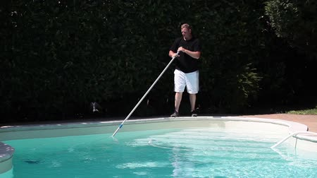 basen : Swimming Pool Cleaning