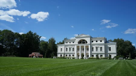 nobreza : Vintage Russian estate beautiful summer day