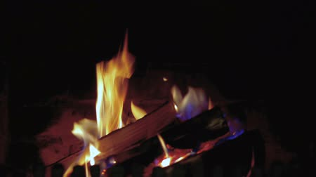 arranging : Fire in fireplace - close up