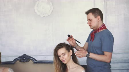 ábrázat : Man who works as a stylist. Stock mozgókép