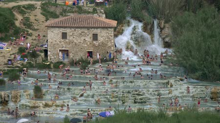toskánský : Terme Saturnia. Natural spa with waterfalls in Tuscany, Italy