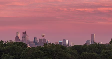 philadelphie : Time lapse of the the Philadelphia city skyline at sunset