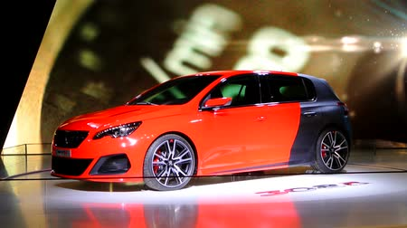 rítmico : Peugeot 308 R concept hot hatchback car on display during the 2014 Brussels motor show. The 308 R is a more sportive version of the regualar 308 family hatchback.