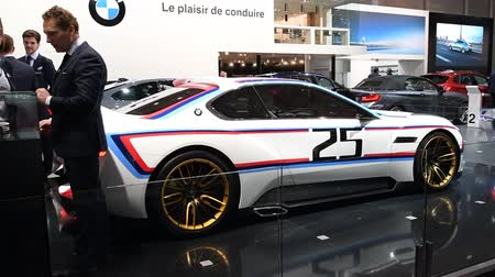 sziám : BMW 3.0 CSL Hommage R concept car that pays tribute to the German brands legendary 3.0 CSL racer from the 1970s on display during the 2017 European Motor Show Brussels.