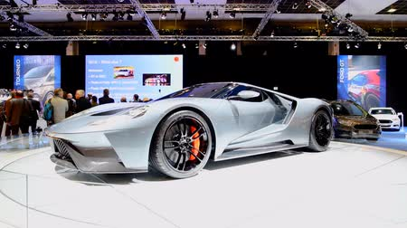 literário : Ford GT Supercar powered by a 3.5 liter twin-turbocharged EcoBoost V6 engine performance car on display at the 2018 European motor show in Brussels.