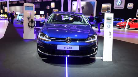 motorová nafta : Volkswagen e-Golf full electric hatchback car on display during the 2018 European Motor Show Brussels.