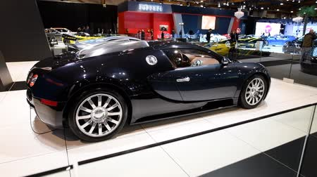volkswagen : Bugatti Veyron mid-engined W16 engine exclusive hypercar on display at the 2018 European motor show in Brussels.