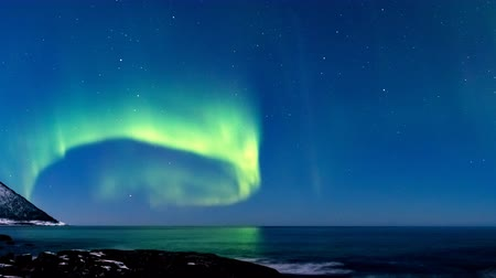 noors : Northern Lights in the night sky in Norway time lapse.