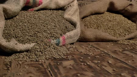 dobrado : green coffee roasting falls