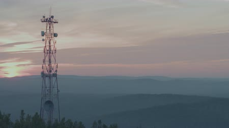 клетка : Cell tower on the mountain