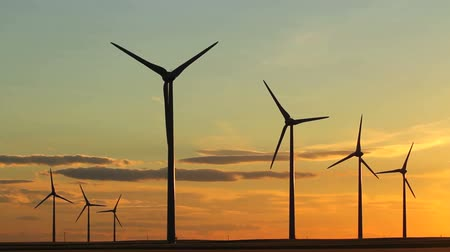 turbine : Wind turbines at sunset