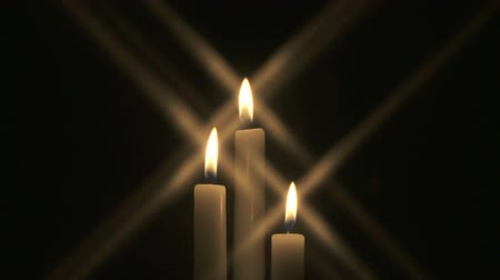 подсвечник : Three burning candles