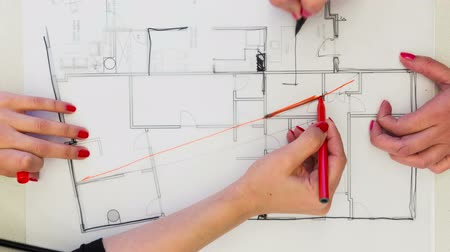 интерьер : Creative Female interior designers drawing interior design plan – time lapse