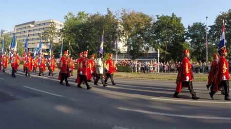 традиционный : Zagreb, Croatia - August 04, 2015: Festive parade of historical forces on the occasion Victory Day and Homeland Thanksgiving Day in downtown Zagreb.